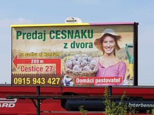 Billboard Predaj cesnaku z dvora